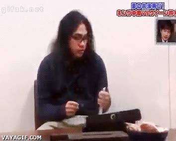 Enlace a Broma japonesa en un restaurante