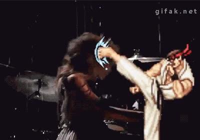 Enlace a Taylor Swift fue atacada durante los Grammy