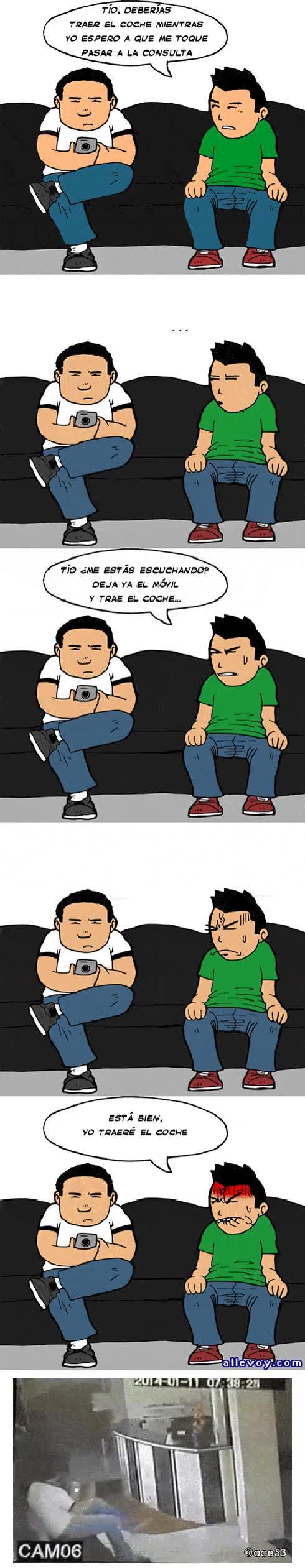 Enlace a Esa gente que está todo el día mirando el móvil