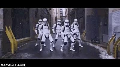 Enlace a Los stormtroopers se han cansado de servir al Imperio y ahora se dedican al hip-hop