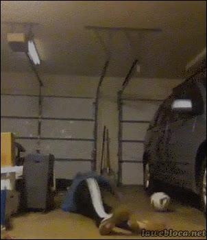 Enlace a Por eso, no hay que jugar en el garaje