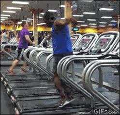 Enlace a Bailando en la cinta de correr del gimnasio