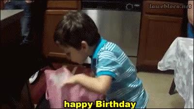 Enlace a ¡Felicidades hijo, mi regalo te va a gustar!