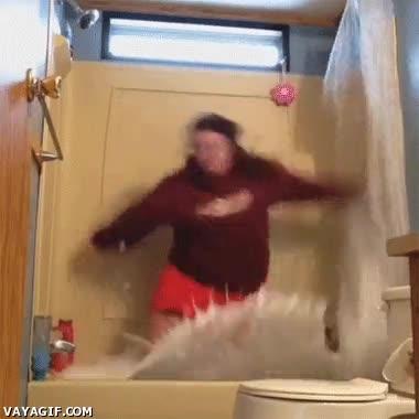 Enlace a He tenido una idea excelente, ¡voy a hacer surf en la bañera de mi casa!
