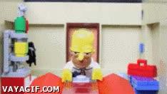 Enlace a Intro de Los Simpson, versión Lego