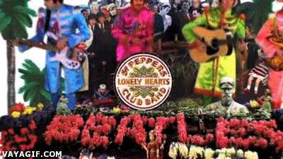 Enlace a La carrera de The Beatles cronológicamente en un solo gif