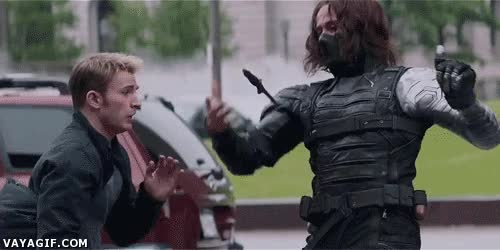 Enlace a Por más malabarismos que hagas con el cuchillo, no eres rival para el Capitán América