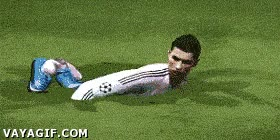 Enlace a Cristiano Ronaldo nadando en el FIFA