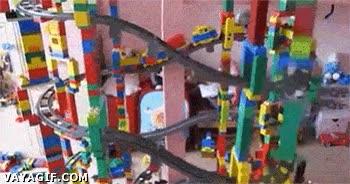 Enlace a Después de una semana, por fin he terminado mi estructura de Lego y...