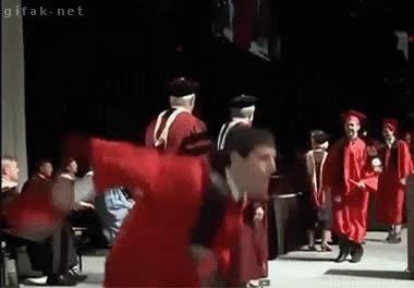 Enlace a Te habrás graduado sí, pero estarás unos cuantos días convalenciente
