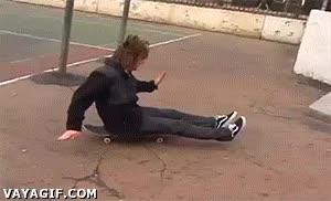 Enlace a Si es que cuando eres bueno con el skate, lo eres hasta cuando no toca
