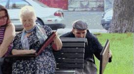 Enlace a Buenísima broma. Recuerdos del álbum de la abuela