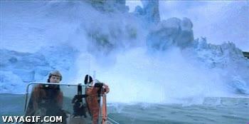 Enlace a Grabar el deshielo del ártico mola, pero si te acercas mucho te la juegas