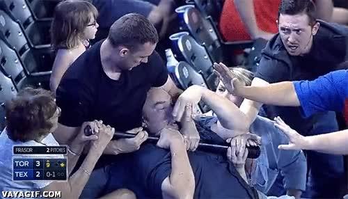 Enlace a ¡Madre mía! Cuidado que en los estadios hay gente muy loca