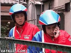 Enlace a Cascos de moto y teléfonos móviles, un matrimonio imposible
