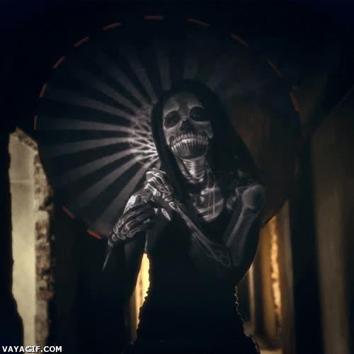 Enlace a Si la catrina mexicana es así, ya puede venir a buscarme cuando quiera