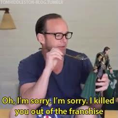 Enlace a Parece que el agente Coulson no lleva demasiado bien lo que le pasó en Los Vengadores