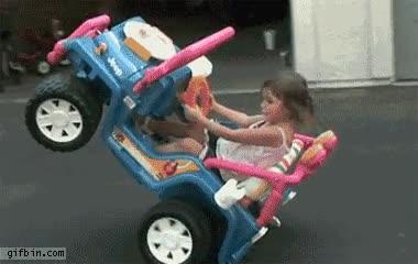 Enlace a Para los que dicen que las mujeres no saben conducir, decídselo a esta niña
