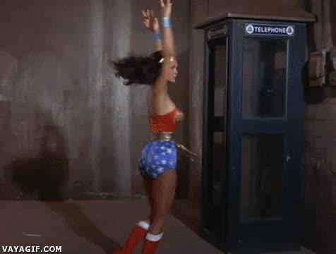 Enlace a Estoy harta de ser Wonder Woman, ¡ahora quiero ser el Cisne Negro!