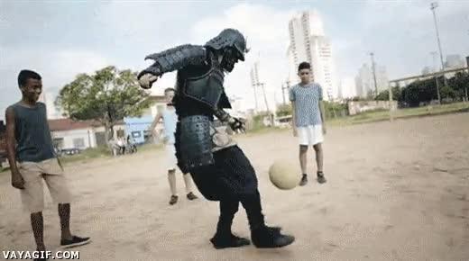 Enlace a Samurai brasileño contagiado de fiebre mundialista