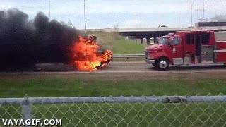 Enlace a Si los bomberos no quieren ir al incendio, entonces el incendio irá a los bomberos
