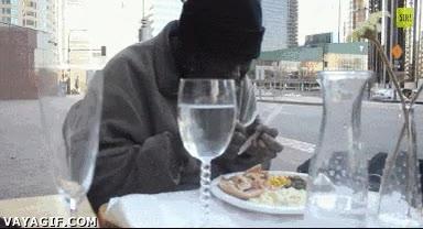 Enlace a Comida gourmet para un hombre sin hogar
