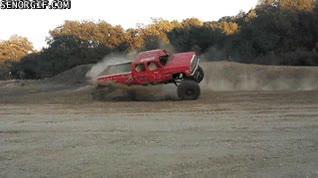 Enlace a Es lo que tiene querer hacer derrapes con un coche de poca estabilidad