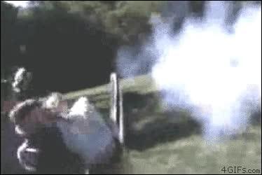 Enlace a Toda arma siempre provoca daños colaterales