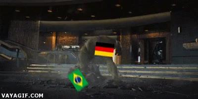 Enlace a Siguen las bromas sobre la semifinal entre Alemania y Brasil