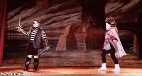 Enlace a El teatro japonés parece tener mucha inspiración en el anime