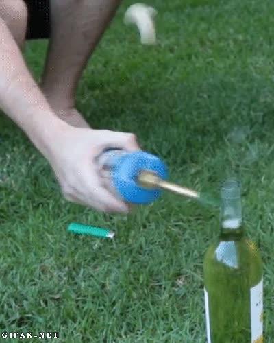 Enlace a He aquí una fácil manera de abrir las botellas