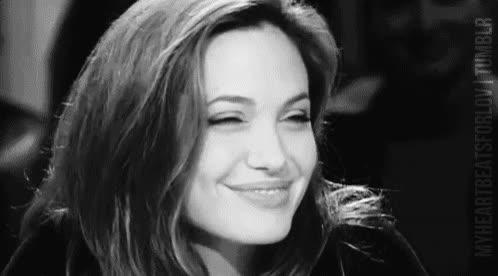 Enlace a La hermosísima sonrisa de Angelina Jolie