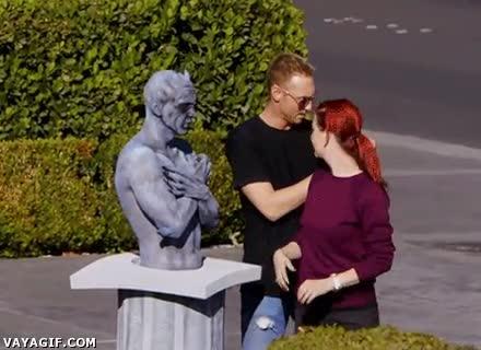 Enlace a Payasos y estatuas, dos de los seres que dan más miedo