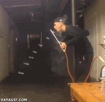 Enlace a El maestro de los aros de humo consigue un nuevo récord