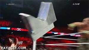 Enlace a ¡Sube al ring! ¡Qué subas ahora mismo! ¿No? ¡Pues toma esto!
