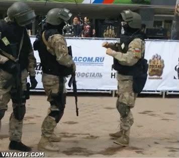 Enlace a Tener ritmo debe ser un requisito para entrar en el ejército ruso