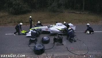 Enlace a Y por esto no se hacen carreras de Fórmula 1 en mitad del bosque
