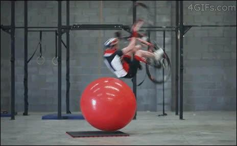 Enlace a Llevando las acrobacias en bici a otro nivel