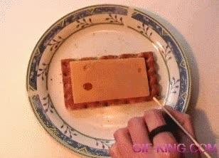 Enlace a Jugando al billar sobre el queso