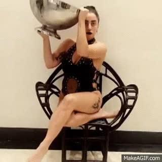 Enlace a Lady Gaga se une al Ice Bucket Challenge donando 10.000$ a su estilo