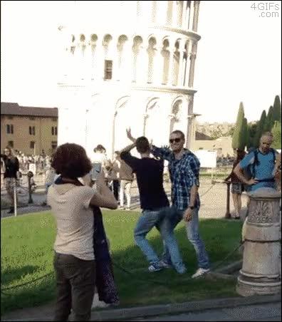 Enlace a Esto es lo que les haría a todos los que posan así en la Torre de Pisa