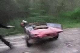Enlace a En Rusia los tractores te conducen a ti