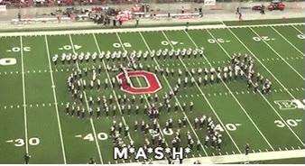 Enlace a La Banda de Ohio marchando a ritmo de las series más conocidas