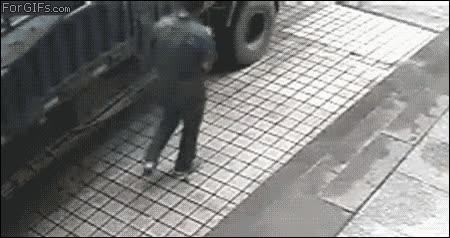 Enlace a Si algún día decides pinchar una rueda de camión, mejor ten cuidado