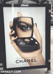 Enlace a Anuncios que te guiñan el ojo