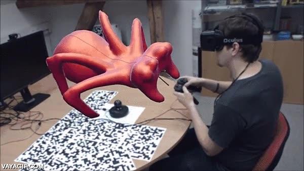 Enlace a ¿Podría ser así el futuro de la escultura? Modelando en 3D en realidad virtual