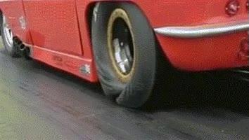 Enlace a Ésta es la presión y tensión que reciben los neumáticos de un dragster