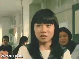 Enlace a La mujer langosta que aterroriza los pasillos de los institutos de Japón