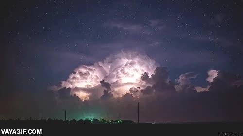 Enlace a Parece que se avecina una tormenta