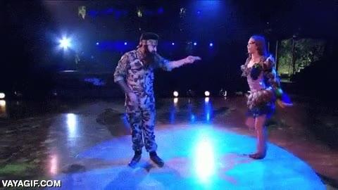 Enlace a La versión americana de ''Mira quién baila'', igual que aquí, vamos...